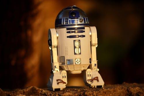 电销机器人品牌这么多,企业该如何选择?